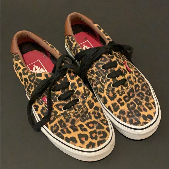Leopard Print Canvas Lace Up Shoe